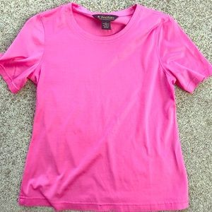 Tops - BROOKS BROTHERS pink tee women's xs xsmall 💕